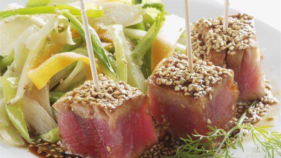 Rezept: Marinierter Thunfisch und Sesamhaube