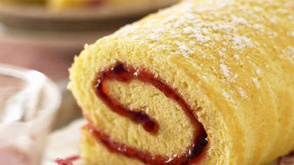 Rezept: Marmeladen-Biskuitrolle
