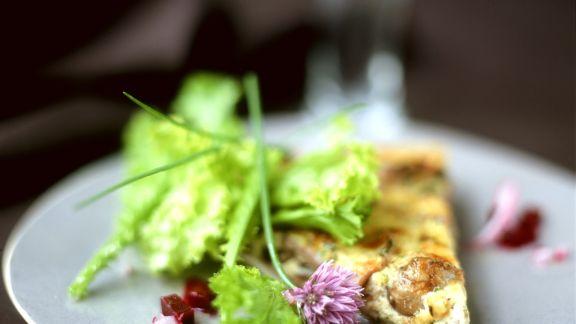 Rezept: Maronitarte mit Salat