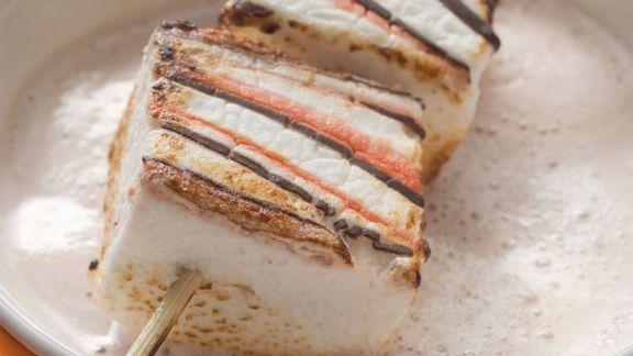 Rezept: Marshmallow-Spieß zu Halloween