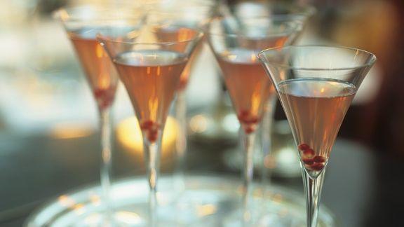 Rezept: Martini-Cocktail mit Granaptapfel
