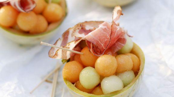 Rezept: Melonenkugeln mit Schinken