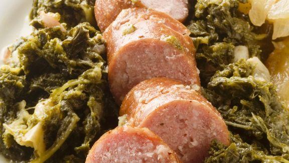 Rezept: Mettwurst mit Grünkohlgemüse