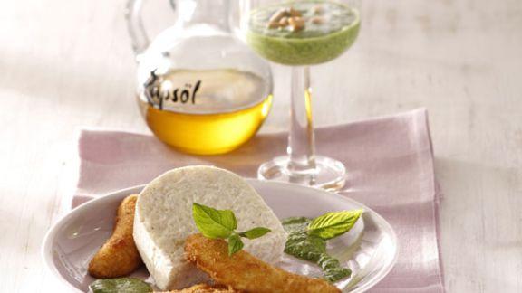Rezept: Milchreismousse mit gebackenen Minibananen und Minz-Pesto