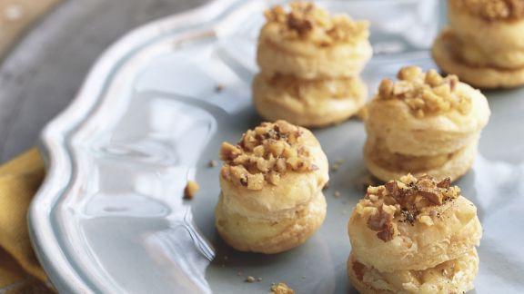 Rezept: Mini-Pasteten mit Camembert und Walnüssen