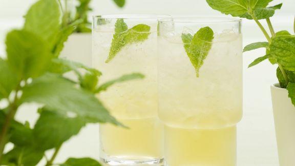 Rezept: Minz-Bourbon-Drink