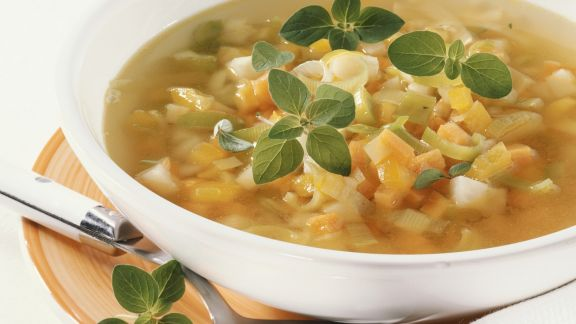 Rezept: Möhren-Kohlrabi-Suppe
