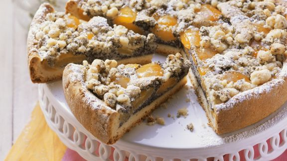 Rezept: Mohnkuchen mit Aprikosen