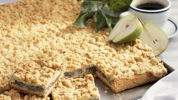 Rezept: Mohnkuchen mit Streuseln und Birnen