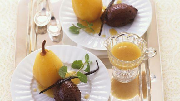 Rezept: Mousse au Chocolat mit Weißwein-Birne