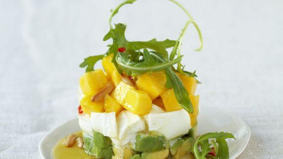 Rezept: Mozzarella mit Avocado und Mango
