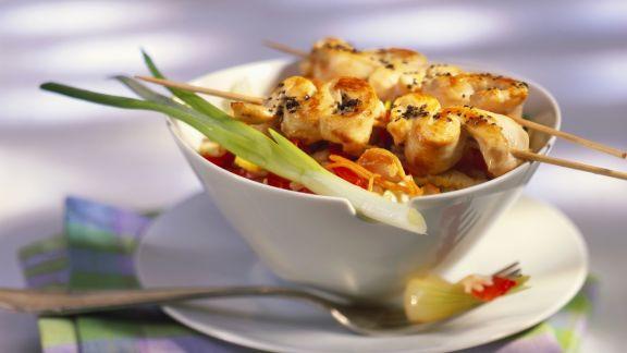 Rezept: Nasi Goreng mit Hähnchenspieße (Satay)