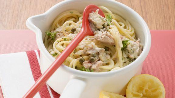 Rezept: Nudeln mit zitroniger Thunfisch-Kapern-Soße