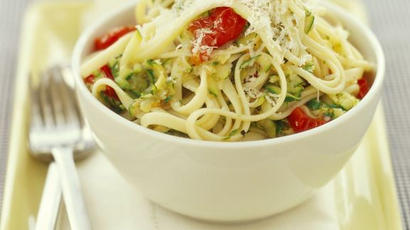 Rezept: Nudeln mit Zucchini