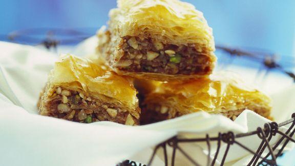 Rezept: Nuss-Honig-Honig nach orientalischer Art (Balava)