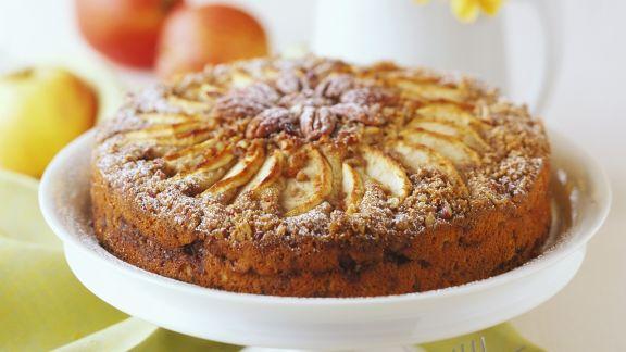 Rezept: Nusskuchen mit Äpfeln