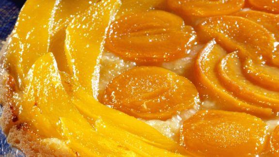 Rezept: Obstkuchen mit Pfirsich und Aprikose