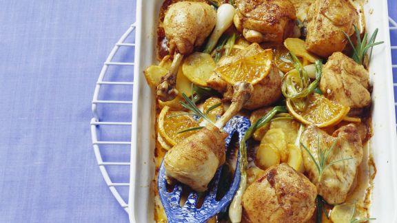 Rezept: Ofen-Hähnchen mit Orangen, Rosmarin und Kartoffeln