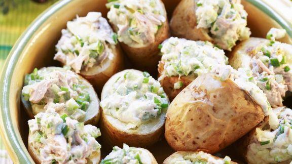 Rezept: Ofenkartoffeln mit Thunfischfüllung