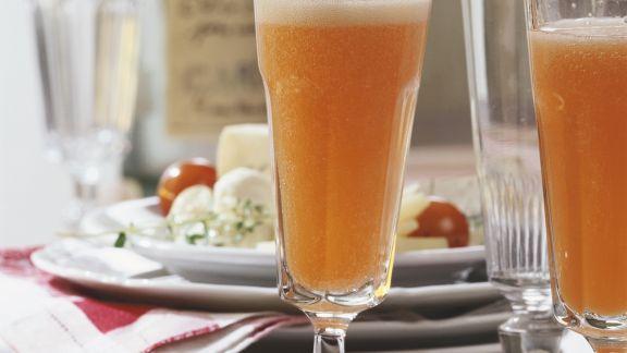 Rezept: Orangen-Prosecco mit Aperol