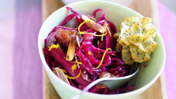 Rezept: Orangen-Rotkraut-Salat mit Kranbeeren dazu Pommes duchesse mit Mohn