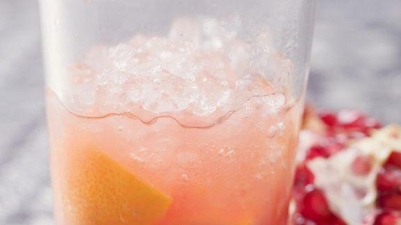 Rezept: Orangendrink mit Granatapfel