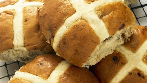 Rezept: Osterbrötchen nach englischer Art