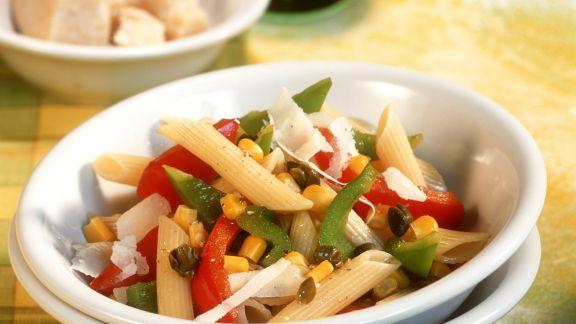 Rezept: Paprika-Gemüse-Sauce auf Penne
