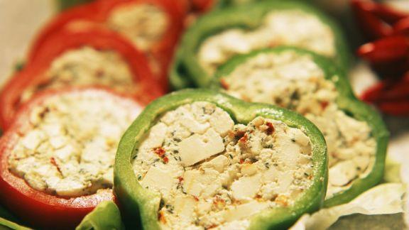 Rezept: Paprika mit Feta-Füllung