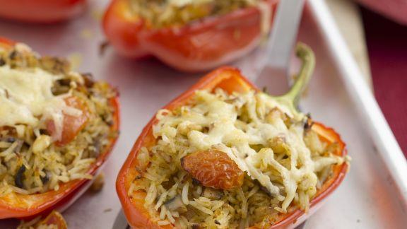 Rezept: Paprika mit Reis gefüllt