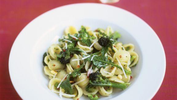 Rezept: Pasta mit Cima di Rapa (Stängelkohl)