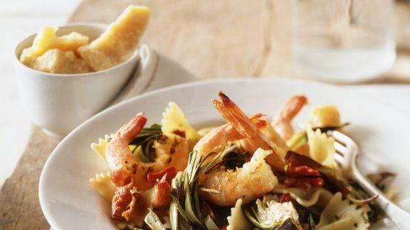 Rezept: Pasta mit Garnelen und Artischocken