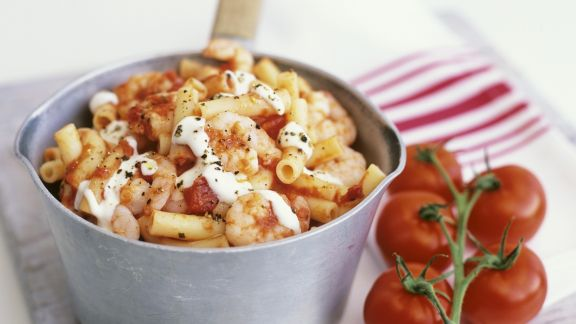 Rezept: Pasta mit Garnelen und Tomaten