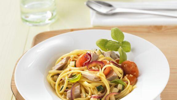 Rezept: Pasta mit Gemüse und Thunfisch