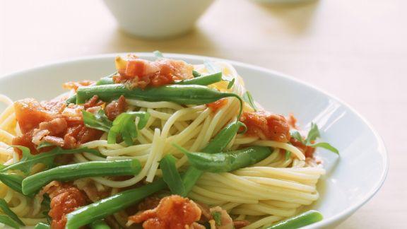 Rezept: Pasta mit grünen Bohnen und Tomaten