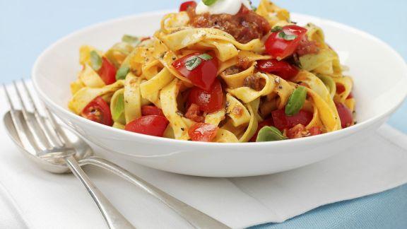 Rezept: Pasta mit Hackfleisch und Tomaten