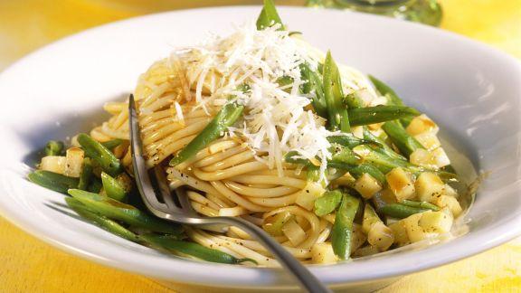 Rezept: Pasta mit Kohlrabi und grünen Bohnen