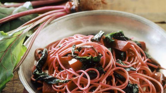 Rezept: Pasta mit Mangold und Roter Bete