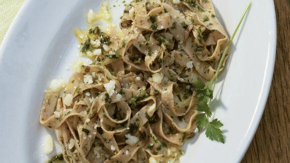 Rezept: Pasta mit Petersilie und Käse