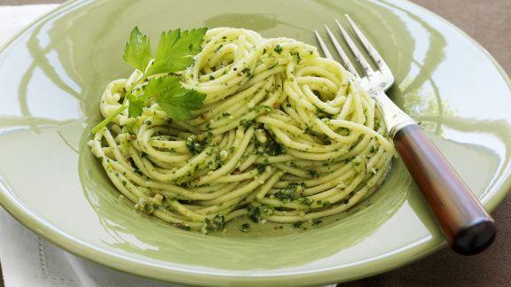 Rezept: Pasta mit Petersilien-Pesto