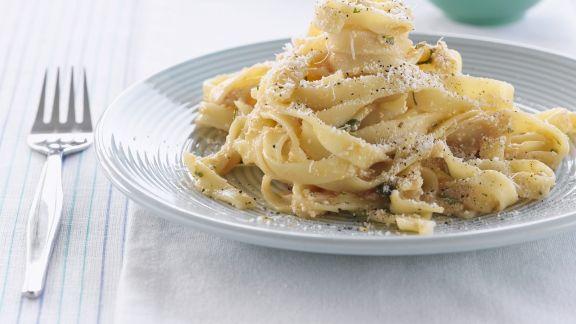 Rezept: Pasta mit Pfeffer und Parmesan