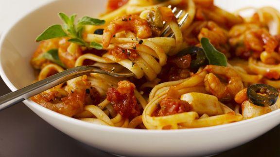 Rezept: Pasta mit Shrimps-Tomaten-Sauce