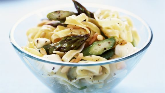 Rezept: Pasta mit Spargel und Mozzarella