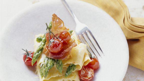 Rezept: Pasta mit Spargelspitzen und Cherrytomaten