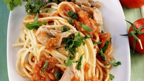 Rezept: Pasta mit Thunfisch-Tomatensugo