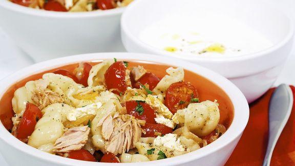 Rezept: Pasta mit Thunfisch und Kirschtomaten