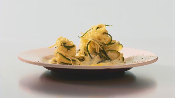 Rezept: Pasta mit Zucchini-Ricotta-Soße