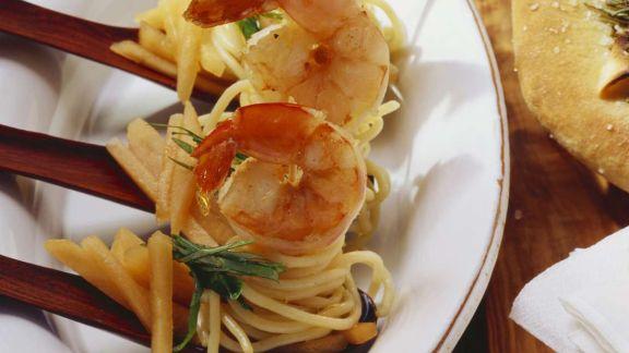 Rezept: Pastasalat mit Garnelen