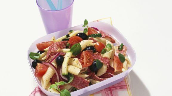 Rezept: Pastasalat mit Salami