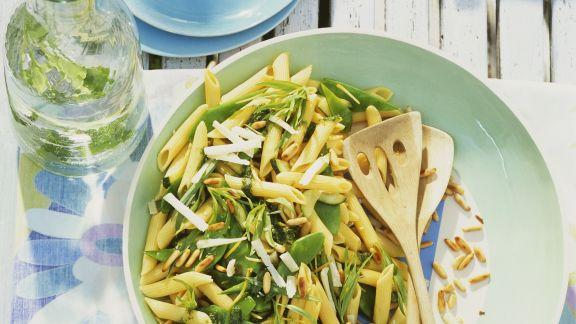 Rezept: Pastasalat mit Zuckerschoten